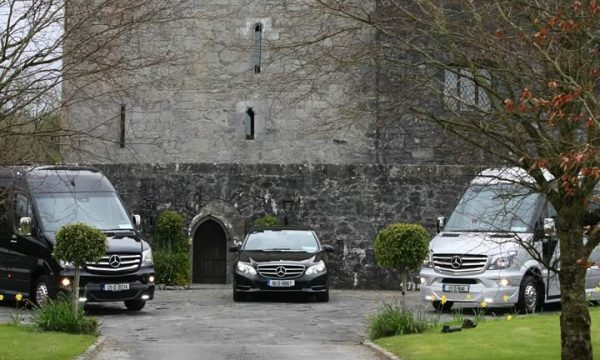 wedding-fleet-minibus-car-hire-cork